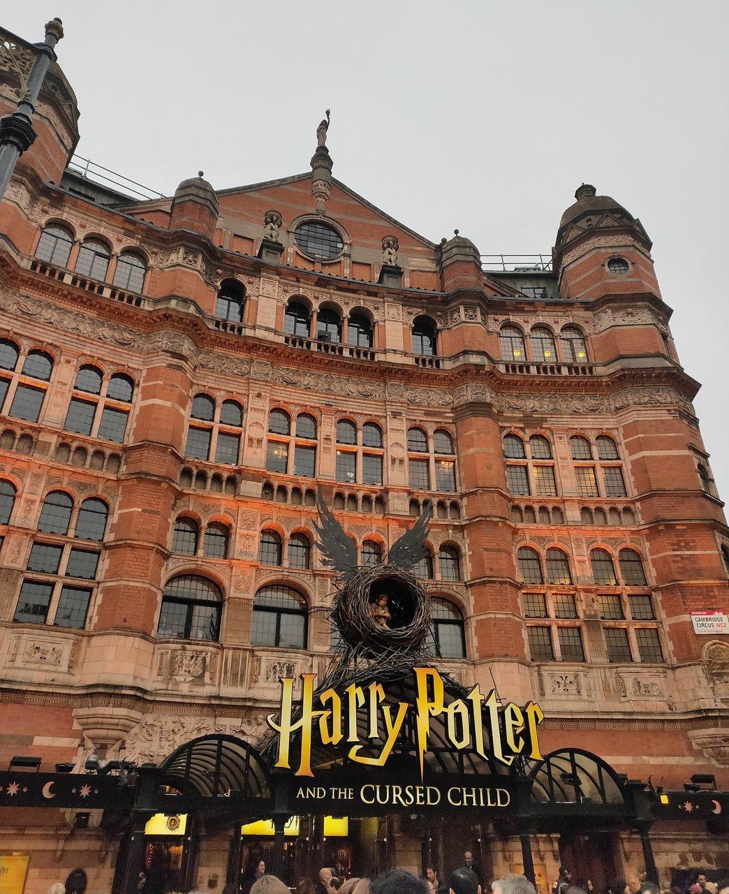 Palace Theatre london théâtre Harry Potter